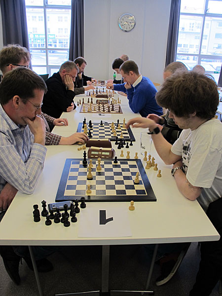 Reykjavík. Today a small chess tournament with colleagues (Pósturinn)! - Lets go! 5 minutes games - blitz chess. (17 March 2012)