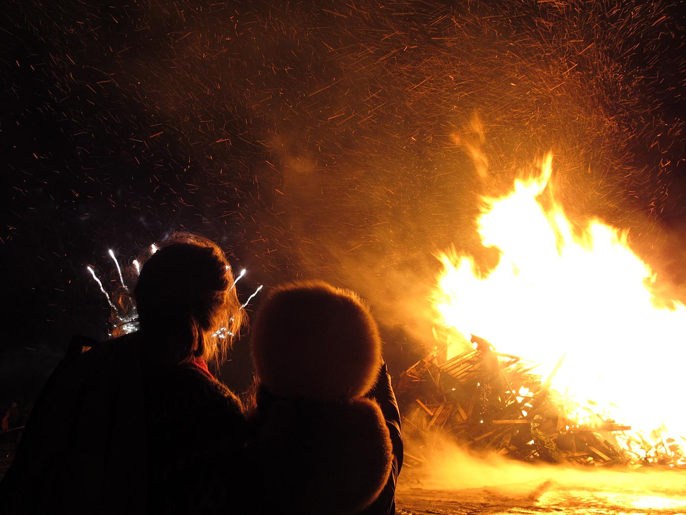 Reykjavík. Bless bless Christmas ... - ... also a lot of fireworks was set off. (6 January 2013)