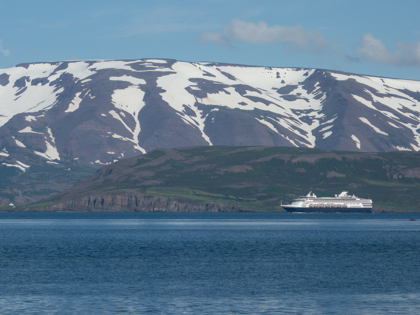 Northern Iceland - Hrísey island. On vacation. - <a href='http://www.hrisey.net/en/' target='_blank' class='linksnormal'>Hrísey</a>. Hmmm, I don't like it so much ... (22 July 2014)